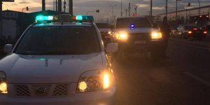 Χαμός στο Ζεφύρι – 100 γύφτοι επιτέθηκαν σε 8 αστυνομικούς