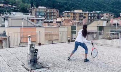 Το μεγαλύτερο viral της καραντίνας: Κορίτσια παίζουν τένις από διαφορετικές ταράτσες