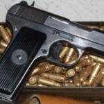 Αποκάλυψη: Από την «αγορά» του Μενιδίου αγόρασε το όπλο ο δολοφόνος των Καλυβίων